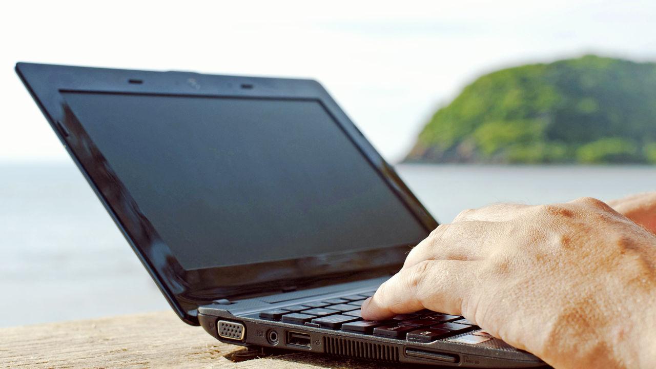 globetrotting digital nomads
